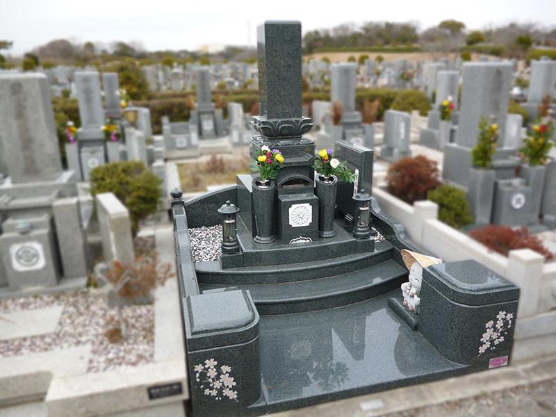 和型の墓石写真